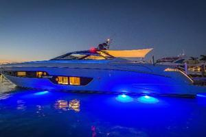 88' Riva 88' Florida 2016 Underwater Lights