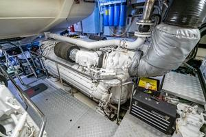 88' Riva 88' Florida 2016 Port Engine
