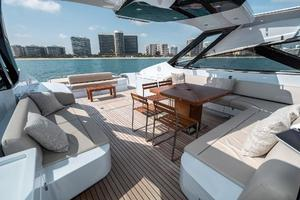88' Riva 88' Florida 2016 Main Deck Seating