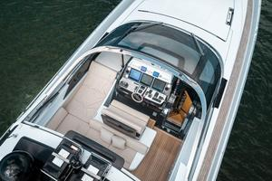 88' Riva 88' Florida 2016 Helm