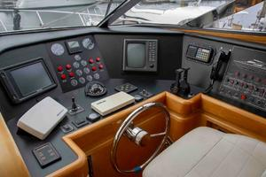 70' Johnson 70 1997 PH helm