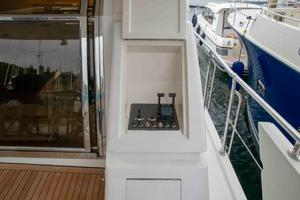 70' Johnson 70 1997 P&S aft deck stations