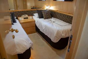 70' Johnson 70 1997 Port Guest stateroom