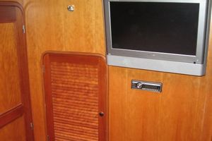 58' Tayana 58 Deck Saloon 2006 Hanging Locker - TV in Master