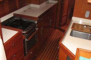 58' Tayana 58 Deck Saloon 2006 Walk thru galley
