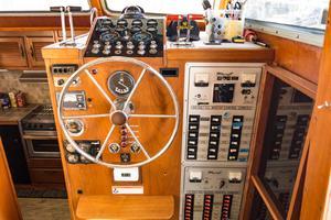 43' Tollycraft Motor Yacht 1981
