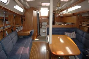 38' Catalina 380 2000