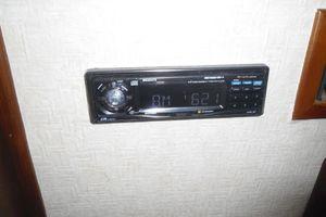 35' Californian Convertible 1985 AM/FM/CD Player