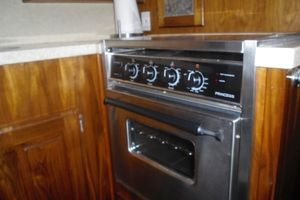 35' Californian Convertible 1985 Cook Top and Oven