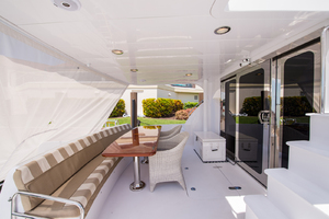 64' Hatteras Flybridge Motoryacht 2008 Aft Deck with Shade
