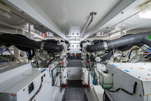 64' Hatteras Flybridge Motoryacht 2008 Engine Room Looking Forward