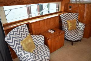 62' Neptunus Flybridge With Euro Transom 2008 Chairs and entertainment cabinet