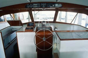 53' Rybovich Yacht Fish 1963 Electronics and Helm