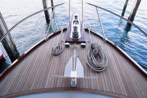 53' Rybovich Yacht Fish 1963 Windlass and Foredeck