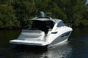 Sea-Ray-Sundancer-510-Signature-2018-White-Wings-V-Deerfield-Beach-Florida-United-States-Stern-View-1112679