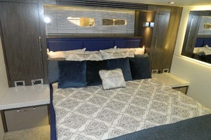 Sea-Ray-Sundancer-510-Signature-2018-White-Wings-V-Deerfield-Beach-Florida-United-States-Master-Stateroom-1112698