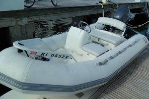 58' Tecnomarine Flybridge 1993 Zodiac Yachtline Tender