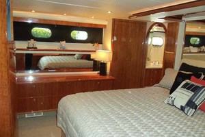 65' Neptunus Flybridge Motor Yacht 2004 Master Looking to Starboard