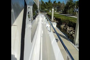 65' Neptunus Flybridge Motor Yacht 2004 Side Deck