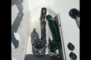 65' Neptunus Flybridge Motor Yacht 2004 Windlass Detail