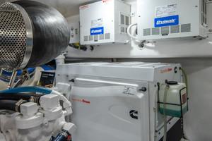 55' Viking 55 Convertible 2014 Generator