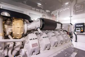 55' Viking 55 Convertible 2014 Port Engine