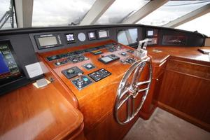 103' Westport West Bay 2000 Pilothouse - Helm