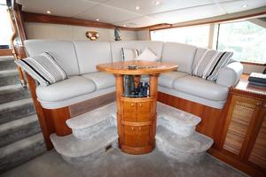 103' Westport West Bay 2000 Pilothouse - Guest Seating