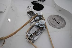 103' Westport West Bay 2000 Anchor Windlass