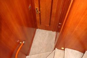 103' Westport West Bay 2000 VIP Guest Stairwell