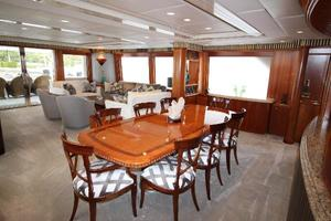 103' Westport West Bay 2000 Dining Salon