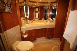 103' Westport West Bay 2000 Master Stateroom En Suite Bath