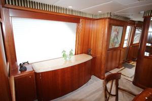 103' Westport West Bay 2000 Port Dining Cabinetry