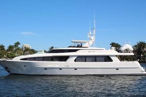 103' Westport West Bay 2000 SEA FILLY