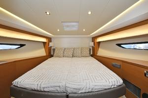 50' Prestige 500 S 2017 VIP Stateroom