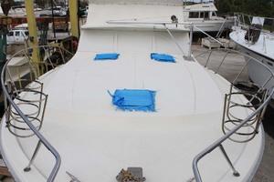 45' Viking 40 Sportfish 1978 Bow Deck