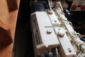 45' Viking 40 Sportfish 1978 Starboard Engine