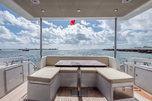 50' Azimut 50 Flybridge 2016 Bridge Seating