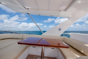52' Azimut 50 Flybridge 2016 Bridge Seating