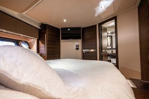 50' Azimut 50 Flybridge 2016 VIP Stateroom