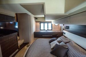 50' Azimut 50 Flybridge 2016 Master Stateroom