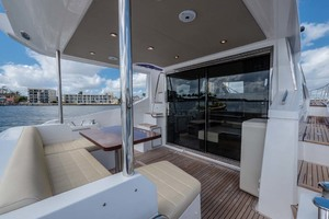 52' Azimut 50 Flybridge 2016 Cockpit