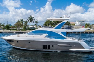 52' Azimut 50 Flybridge 2016 Port Profile
