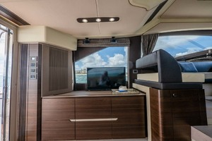52' Azimut 50 Flybridge 2016 Salon Entertainment