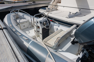 58' Fairline Squadron 2002 Tender