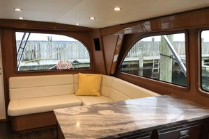 50' Henriques Flybridge 2017 Salon Seating and Galley Counter
