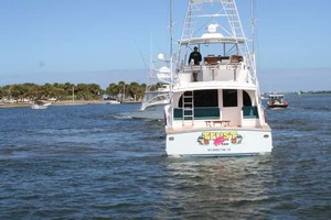 62' Titan 62 Custom Carolina Sportfish 2004 Stern View