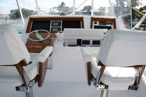 62' Titan 62 Custom Carolina Sportfish 2004 Helm Chairs
