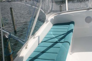 62' Titan 62 Custom Carolina Sportfish 2004 Port Bench on Flybridge