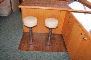62' Titan 62 Custom Carolina Sportfish 2004 Bar Stools
